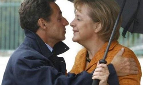 kiss siyasət